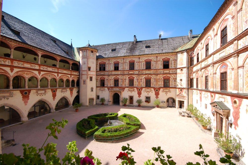 Tratzberg chateau