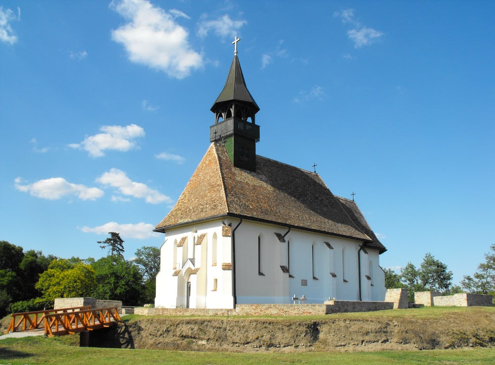 Roman Catholic Temple in Ofoldeak
