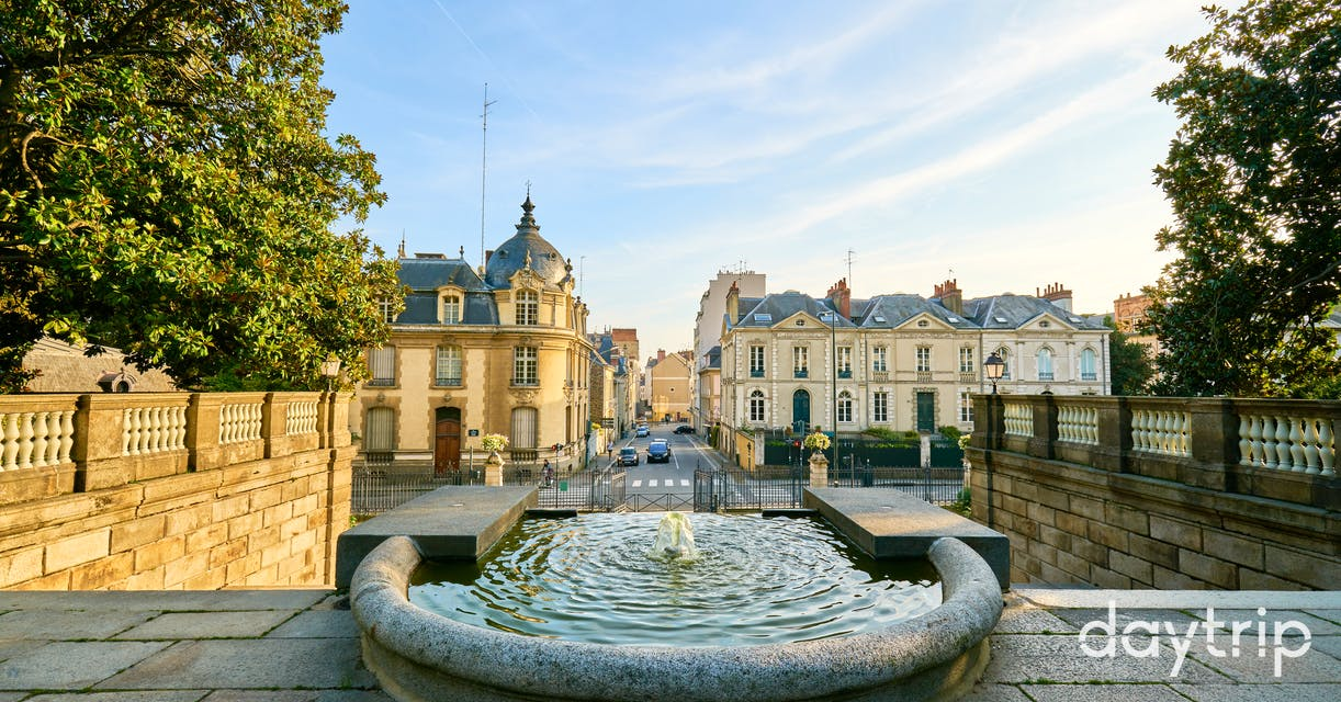 paris to rennes private car transfer with a local driver daytrip. Black Bedroom Furniture Sets. Home Design Ideas