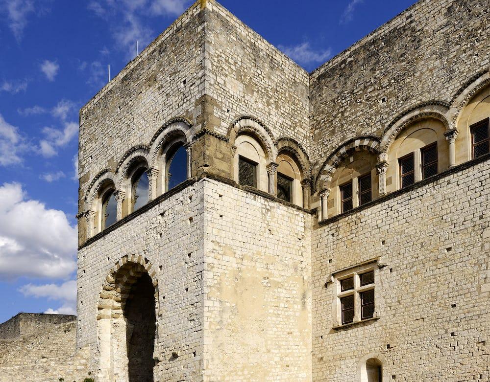 Admehar Castle