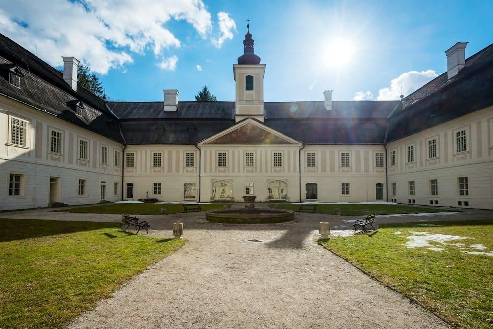 The manor house Svaty Anton